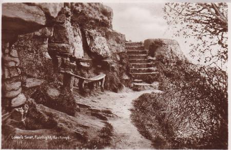 1910-28_bowed-seat_unk_bw_web